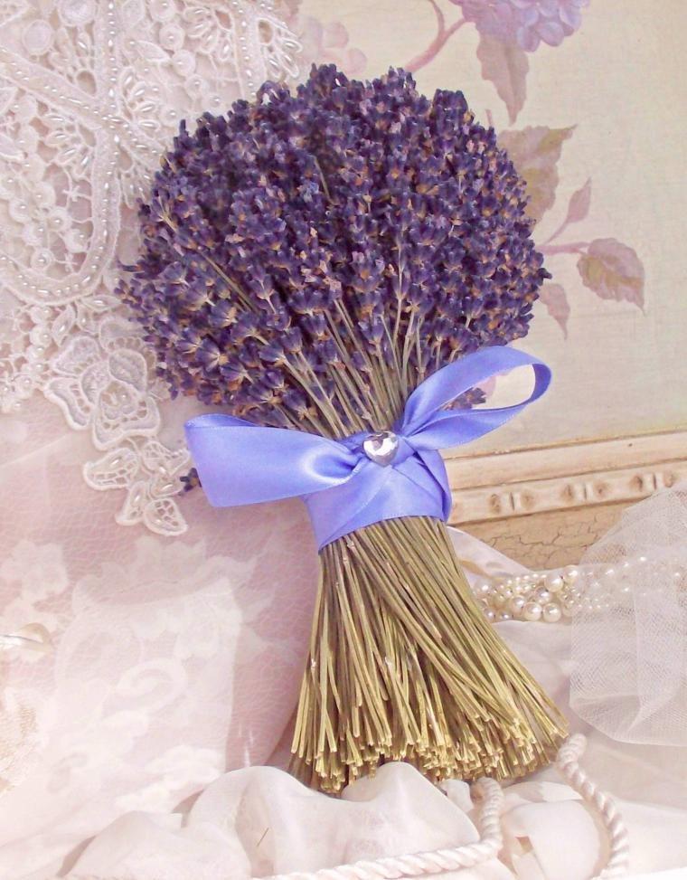 Свадебный букет из лаванды