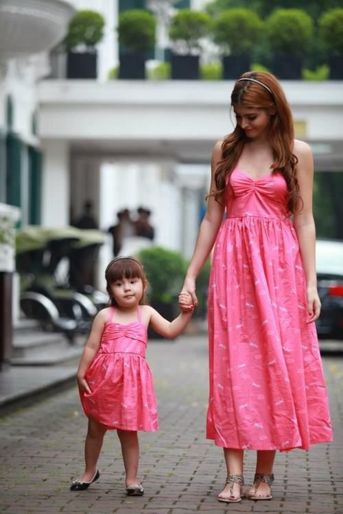 Показать список калачи для дочки и мамы одинаковые цены
