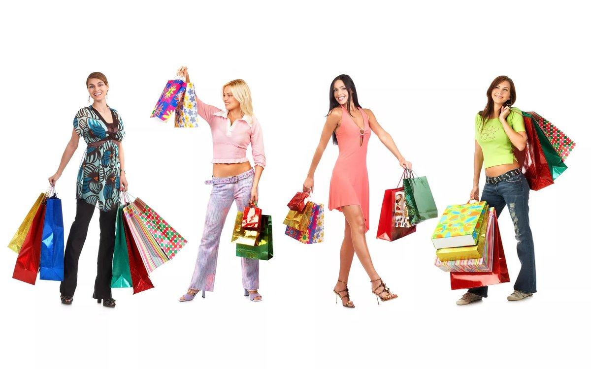 Фото рекламы на торговых точках с одеждой