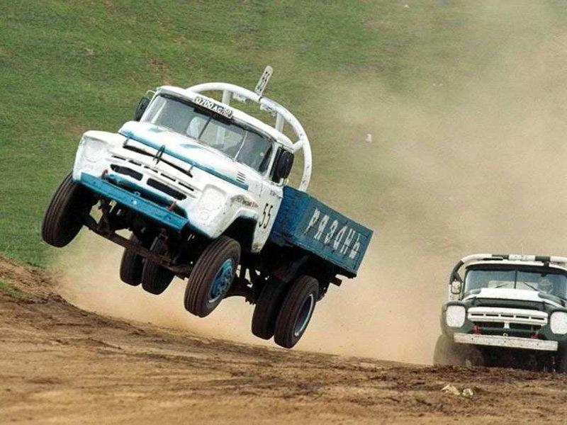 скоков машины на бездорожье грузовики боковыми поводками