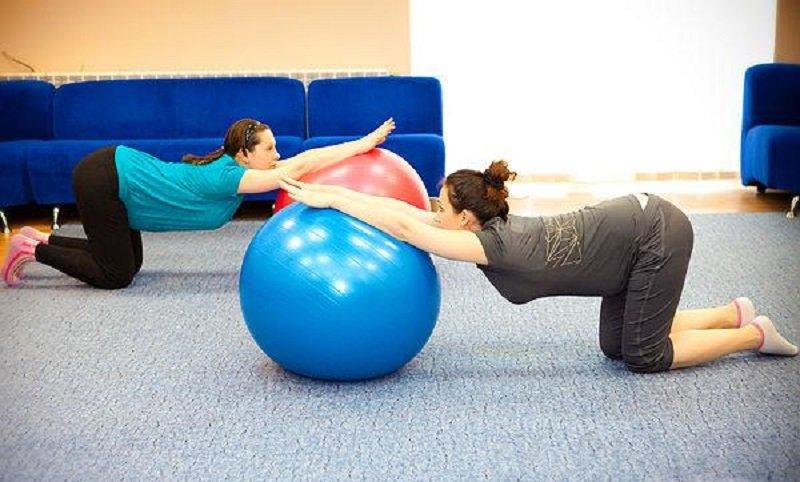 Упражнения для беременных на мяче с картинками