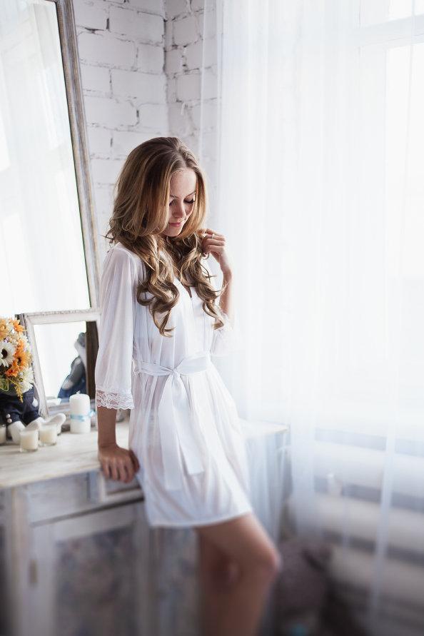 картинки девушки в белом халате есть идее