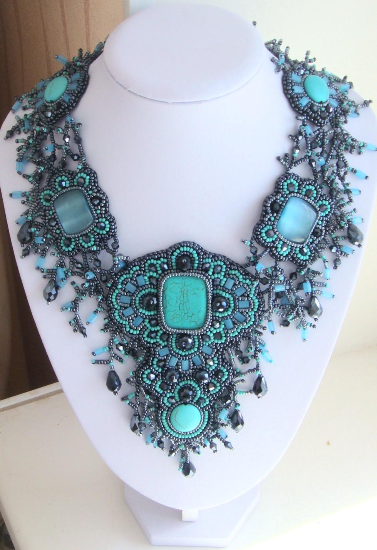 Ожерелье своими руками из бисера и камней