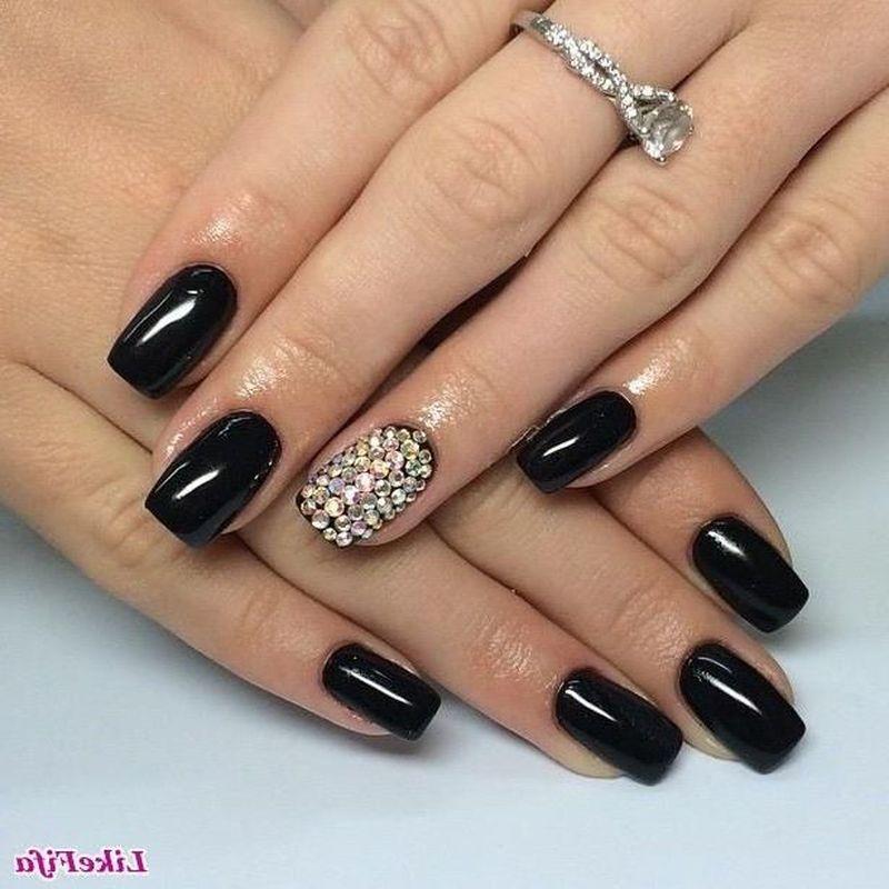 Фото чёрных нарощенных ногтей 17