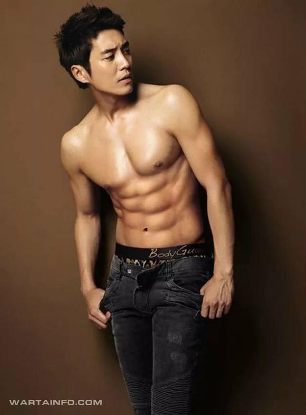 A male sexy model korean