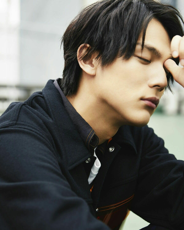 актеры японии мужчины фото находилась