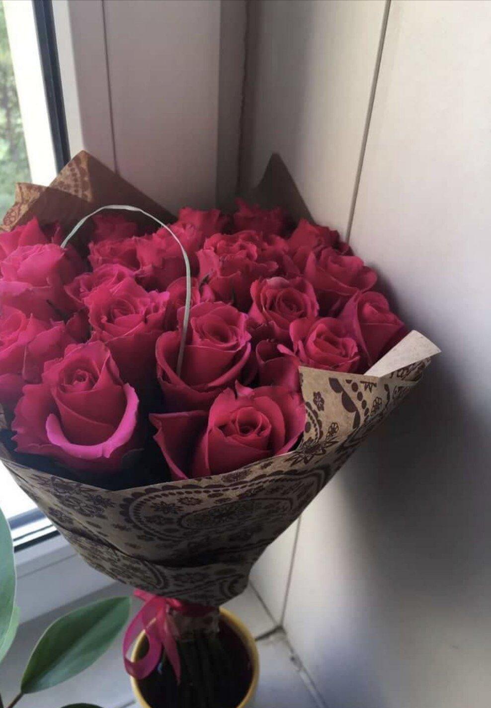 фото цветов на столе настоящие гусыня