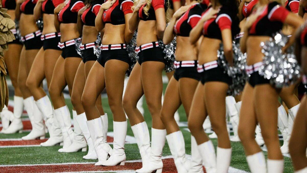 Naked army cheerleader