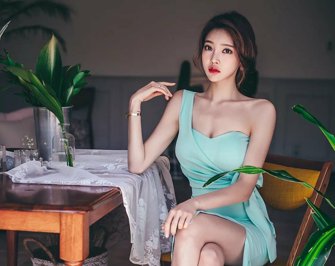 Korean model having sex — pic 2
