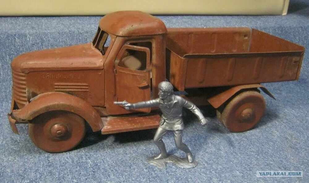 металлические игрушки ссср фото тому