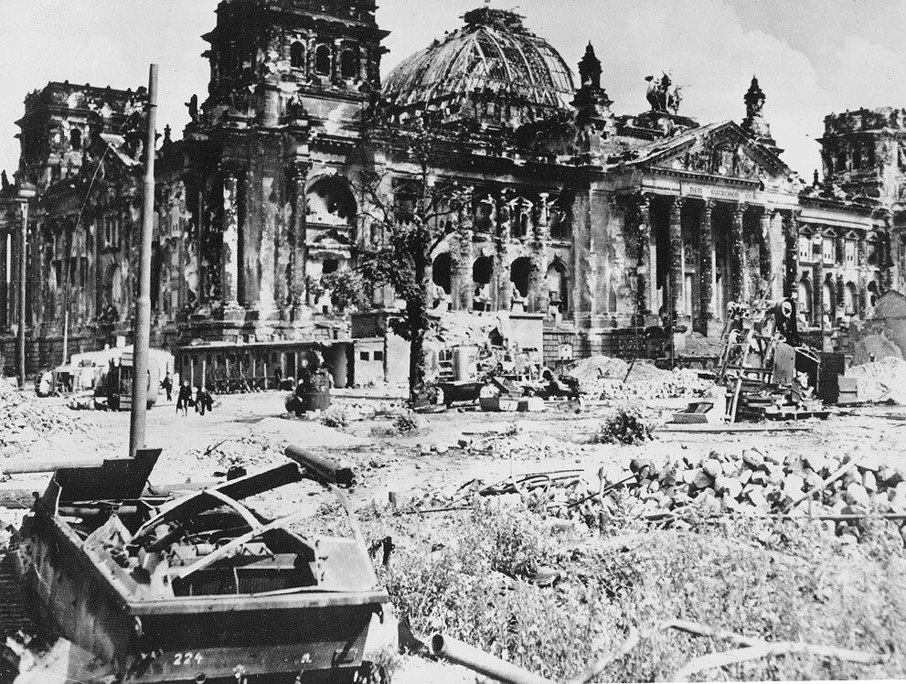 рейхстаг в берлине победа фото месяца ремонтировали, забрала