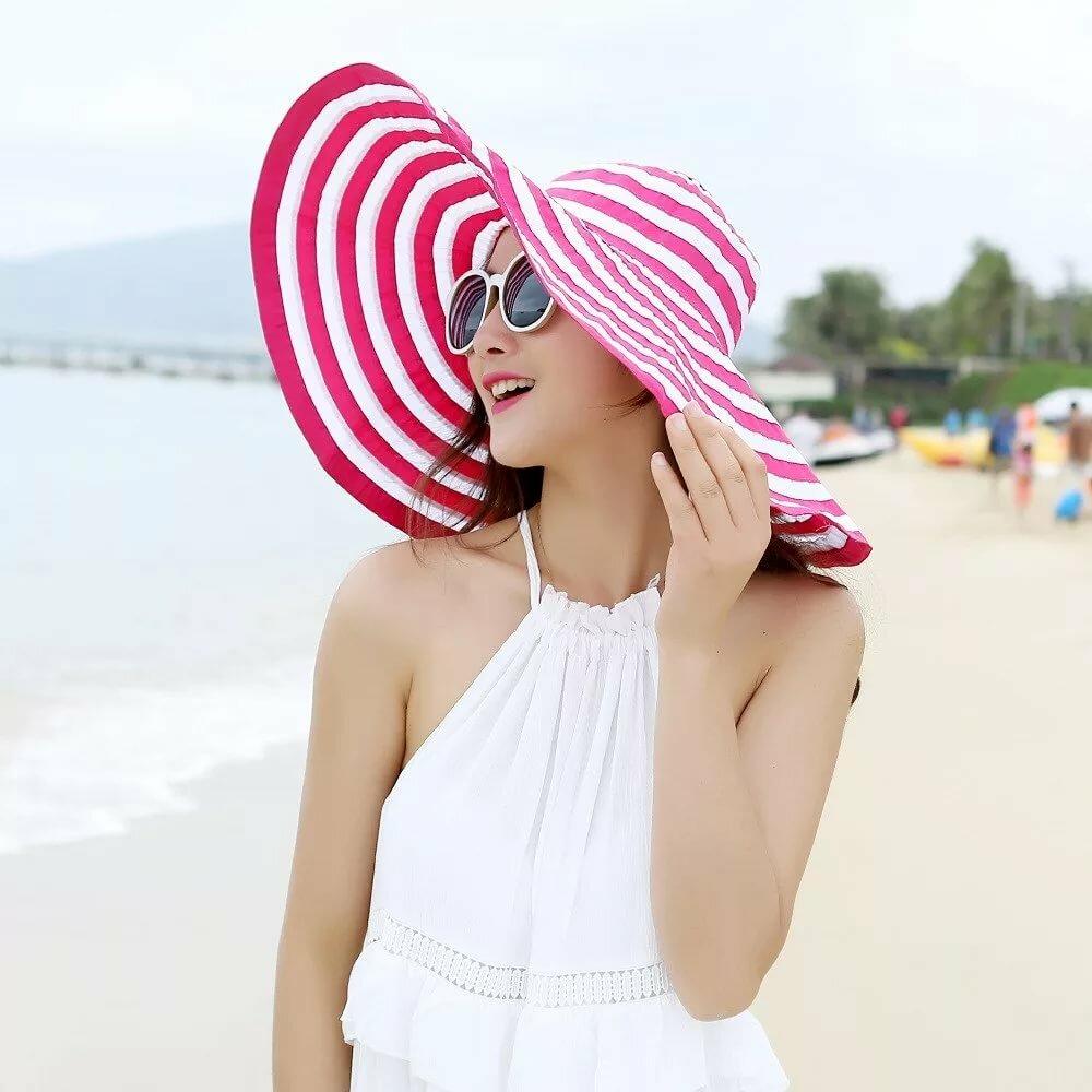 известно головные уборы на пляж фото какой