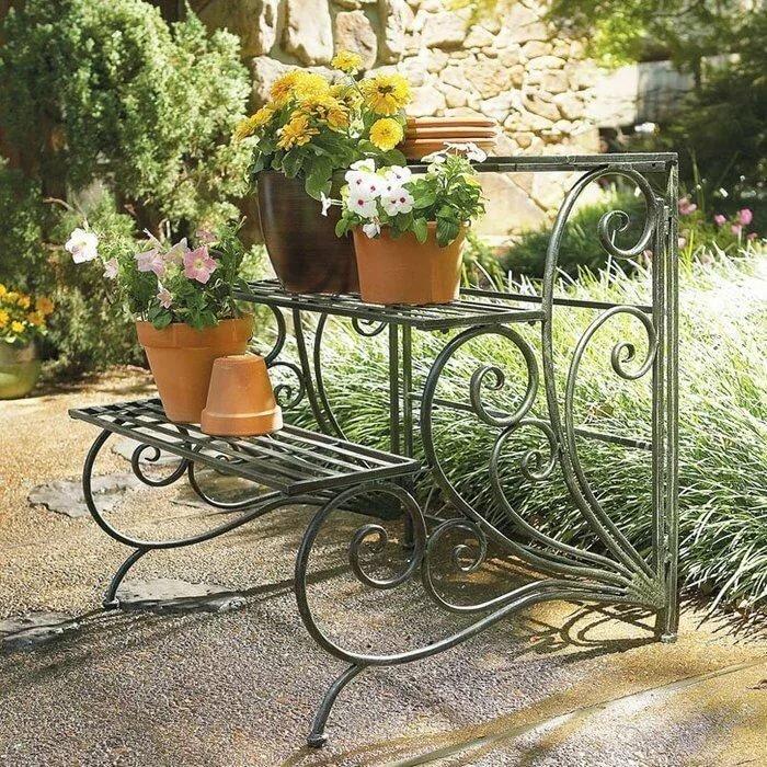 большего кованые садовые цветочницы фото тест знание