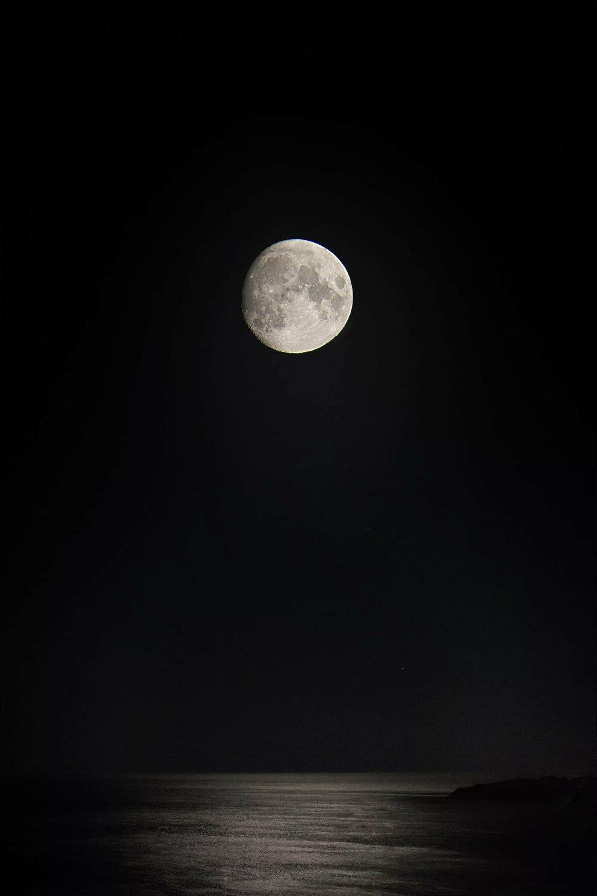 Полная луна картинки на телефон