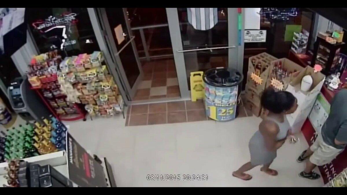 дочь украла в магазине