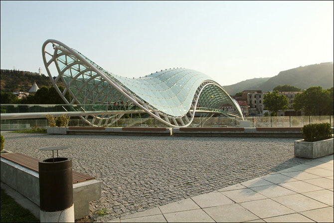 Мост Мира (2010), Грузия