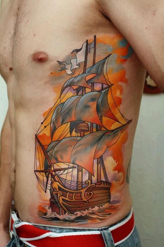 Корабль на боку