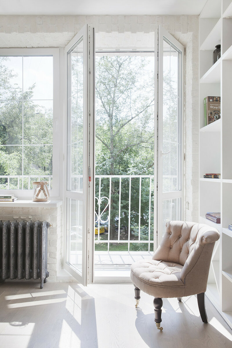 Студия Марии Дадиани оформила квартиру площадью 32 кв. м, уместив на них все самое необходимое.