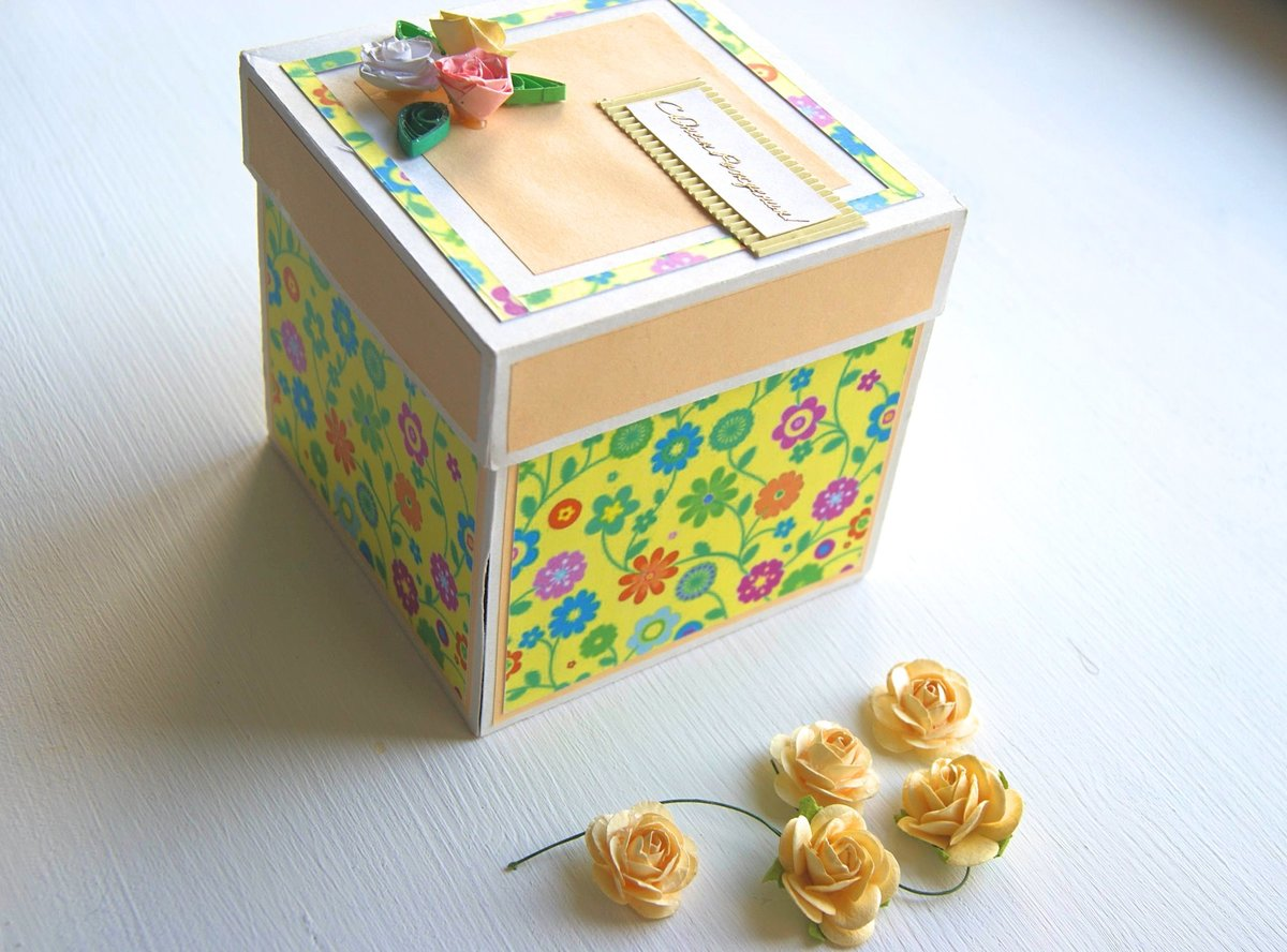 атмосферный, переданы картинки коробочек к открыткам конце статьи