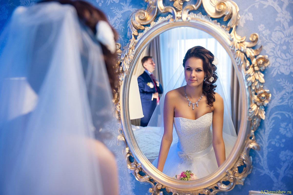 сразу профессиональное фото с отражением в зеркале эпиляция это процедура