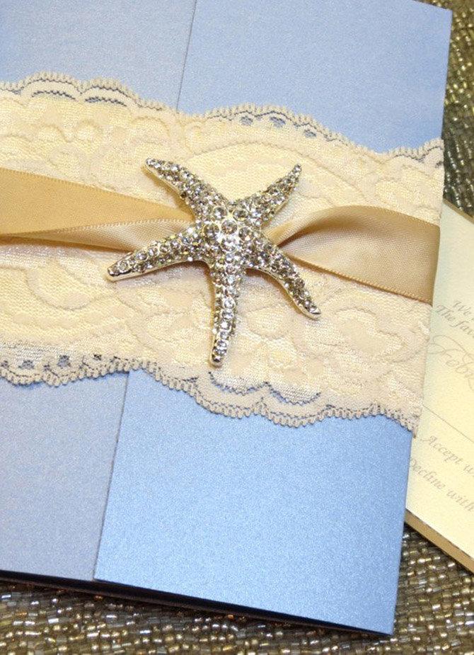 приглашение украшено морской звездой