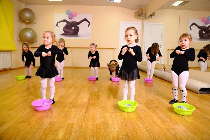 Фото детей на занятий танцами