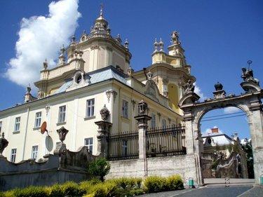 архикафедральный собор святого юра, львов, украина.