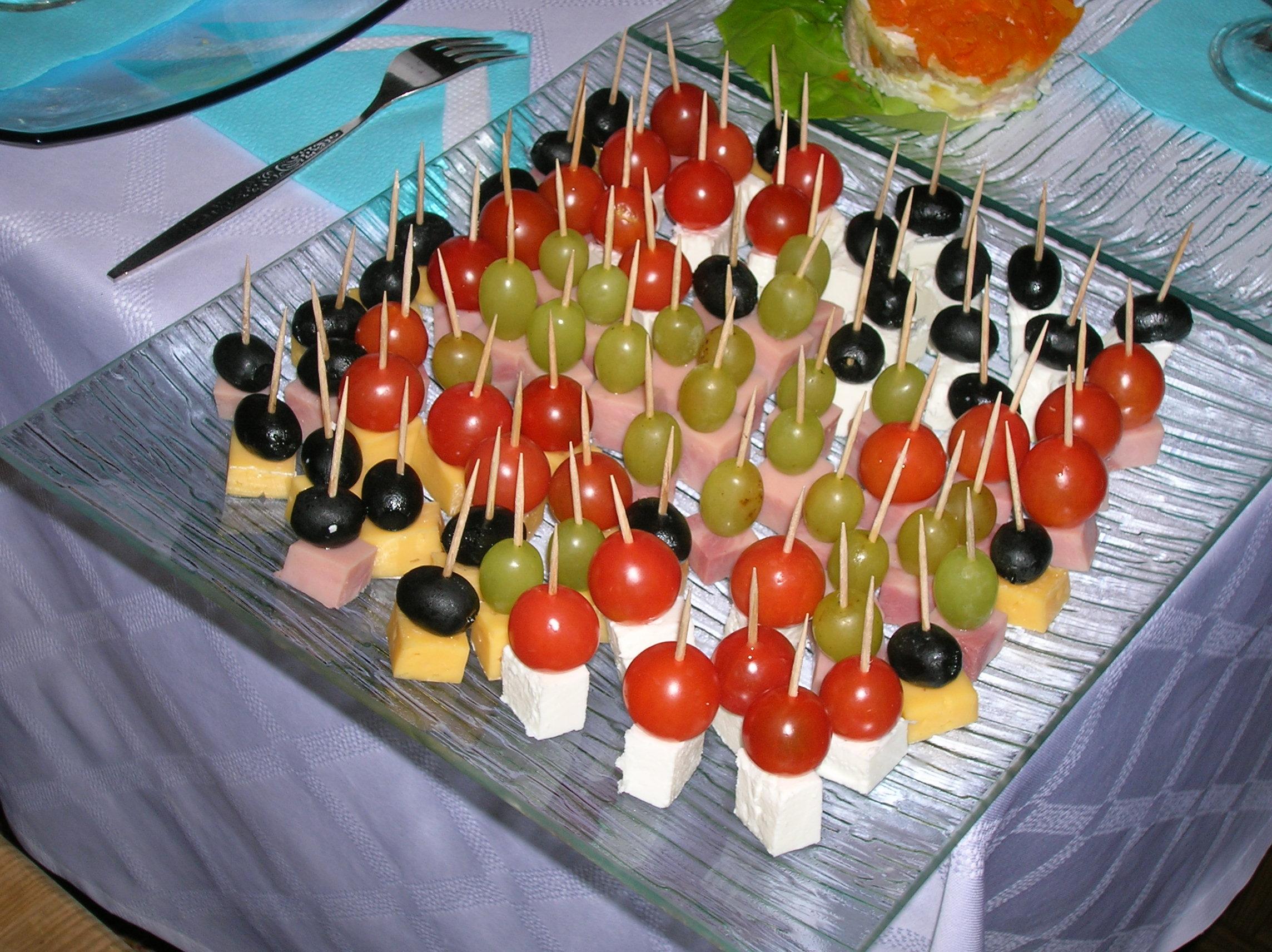 Легкие салаты и закуски день рождения