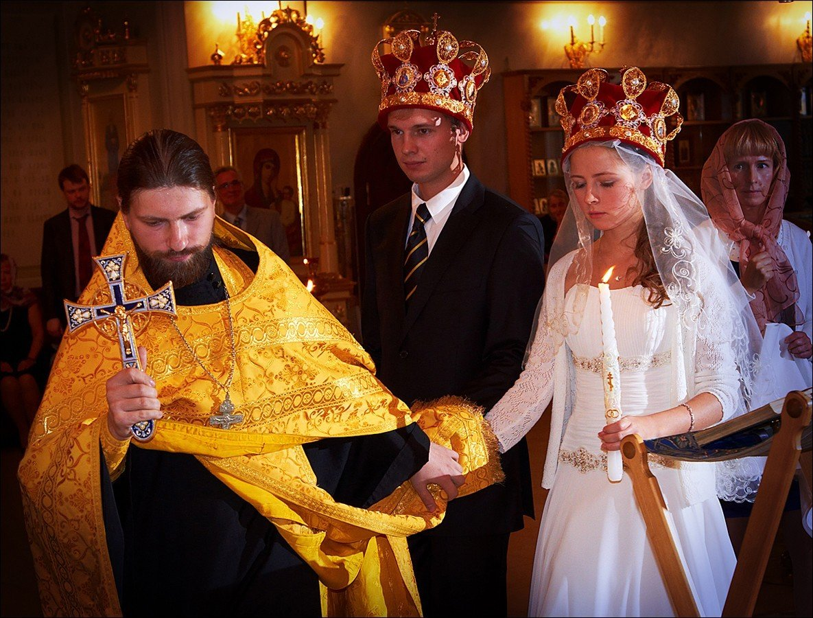 какой-то Как снять венец после венчания мотивы