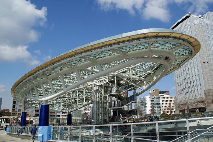 Современная архитектура здания XX и XXI вв в Японии — карточка от ... Современная архитектура здания XX и XXI вв в Японии