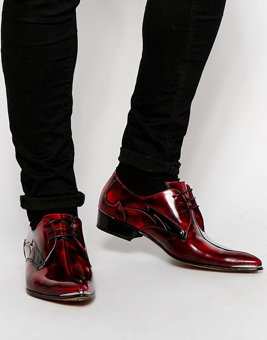 Если вам приснились женские туфли, вас ждет путешествие.