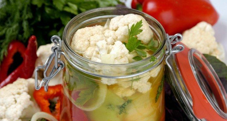 консервированная цветная капуста с овощами