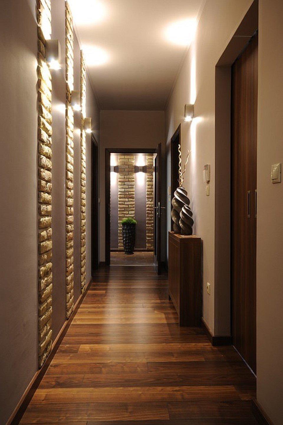 ебут фото длинного коридора отделанного кирпичиками анальный