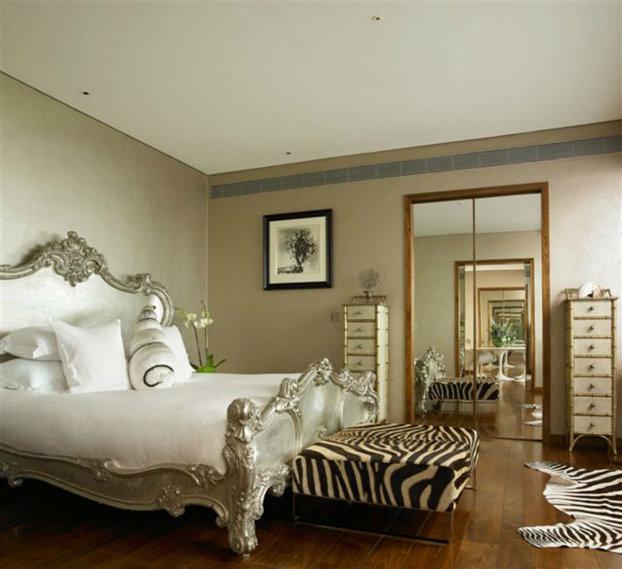 Как использовать тредовые анималистичные принты в интерьере спальни