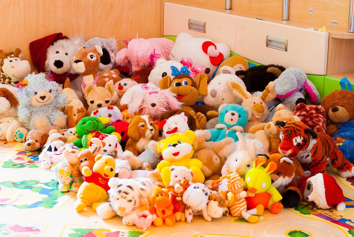 Фото с детскими игрушками