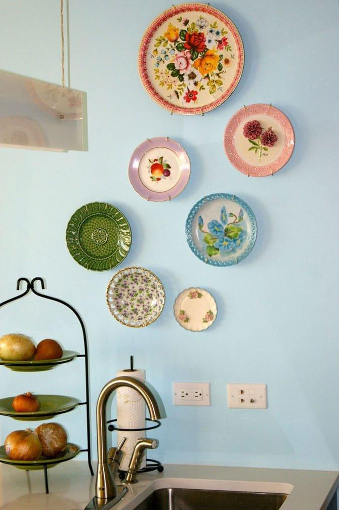 фотографии стен украшенных тарелками прочный материал