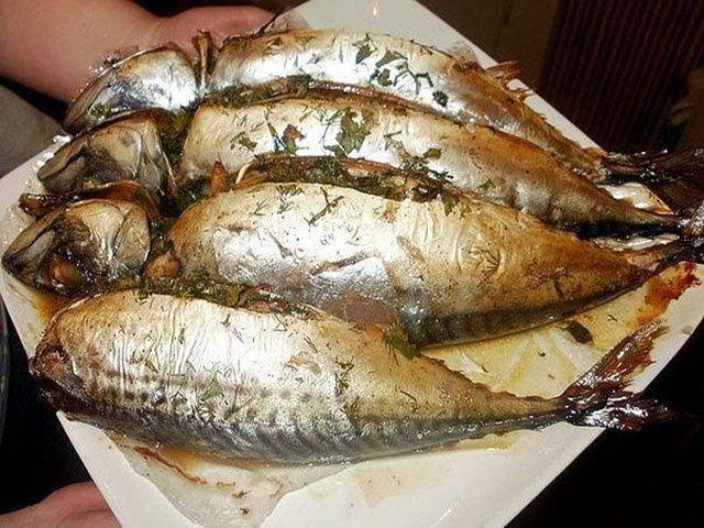 Запекание рыбы в фольге.( скумбрия)