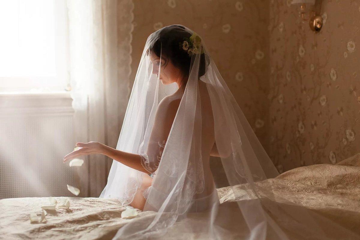 Фотосет перед первой брачной ночью, подглядывания в медкабинете