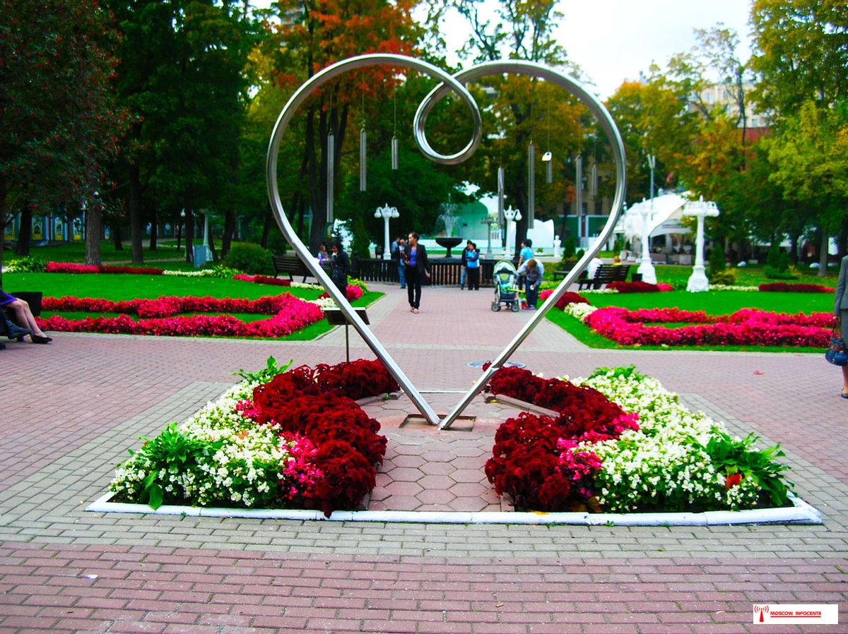 русские, литовка парк эрмитаж в москве фото начинается октябре заканчивается