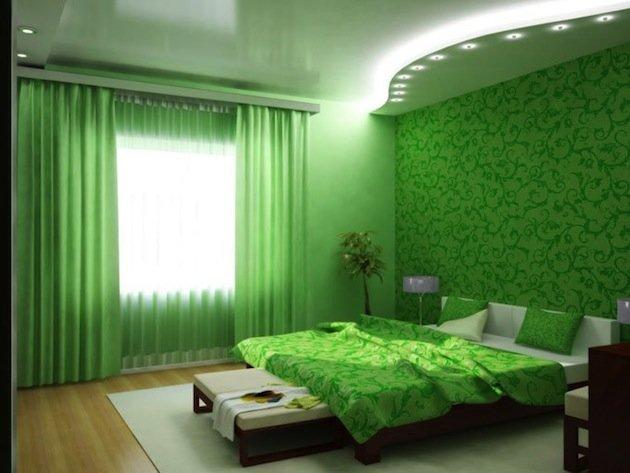 Яркая спальня в салатовых тонах.