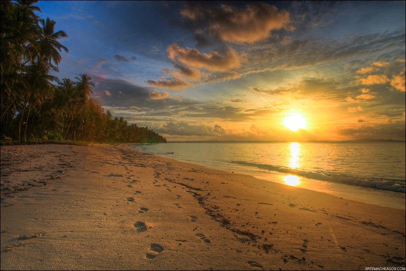 На необитаемом острове Паламбак.