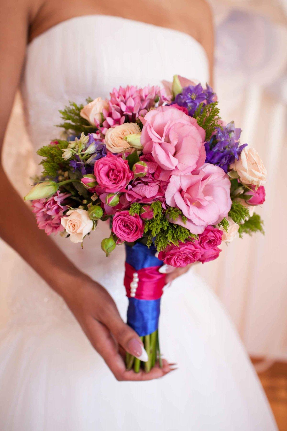 Свадебные букеты цены киев, гвоздику февраля