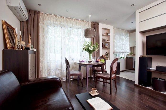 Несмотря на довольно скромные размеры, квартира-студия 33 кв. м. очень функциональна, здесь есть все необходимое для комфортного проживания.