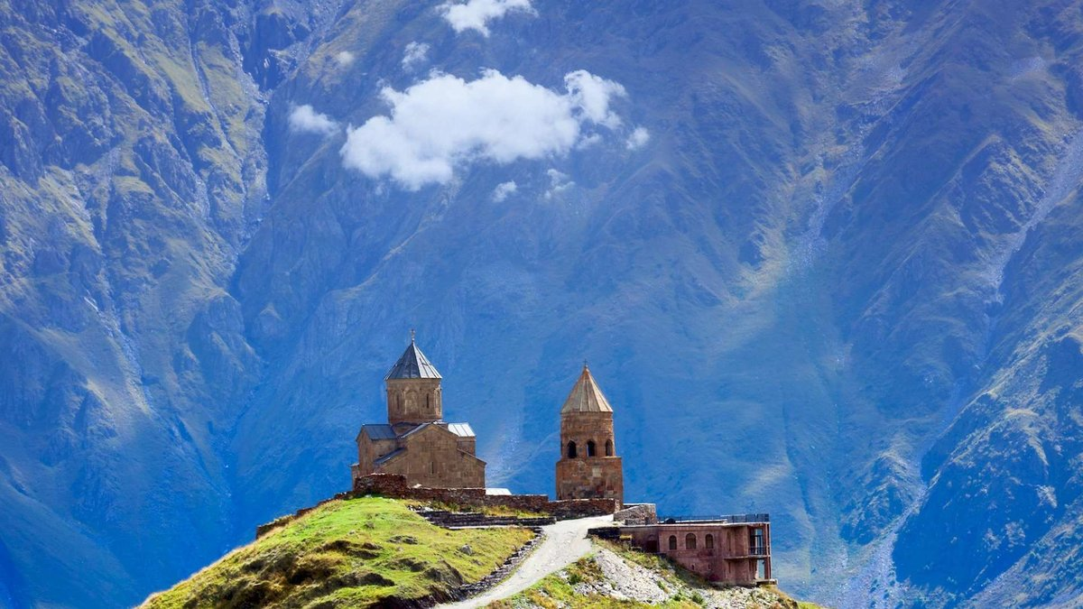 Картинки монастырь в горах