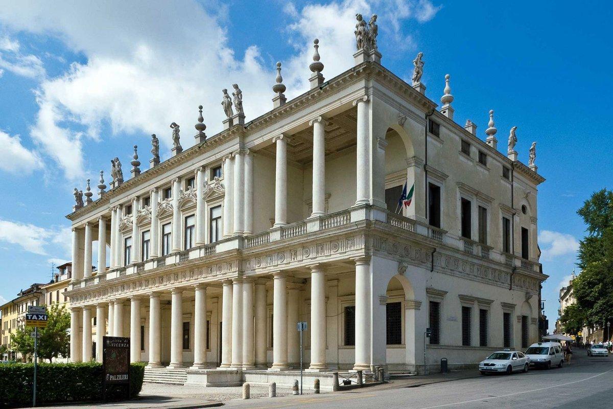 a comparison of the palazzo chiericati and the villa savoye