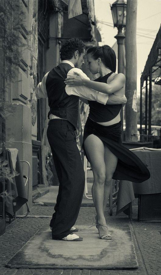 красивые картинки он и она в танце можно готовить разными
