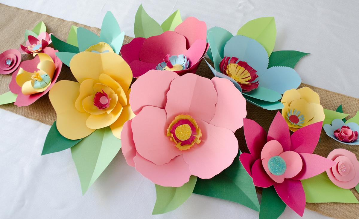 Открытка марта, цветов из цветной бумаги на открытку