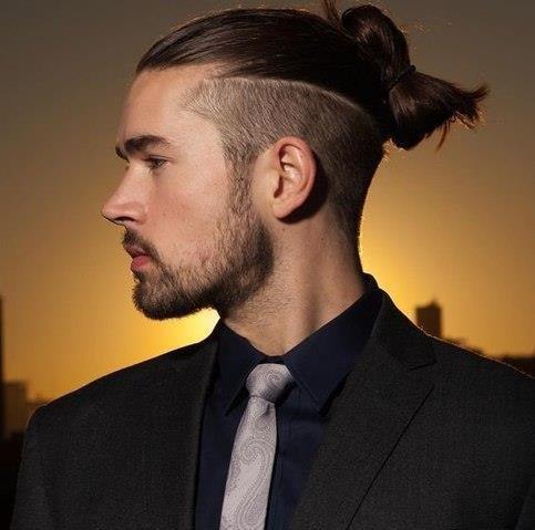 Прическа мужская длинная шея