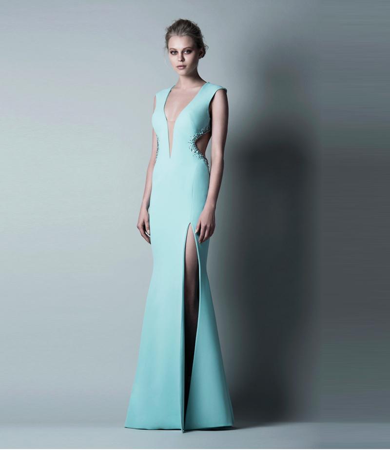 Вечернее платье с боковыми вырезами
