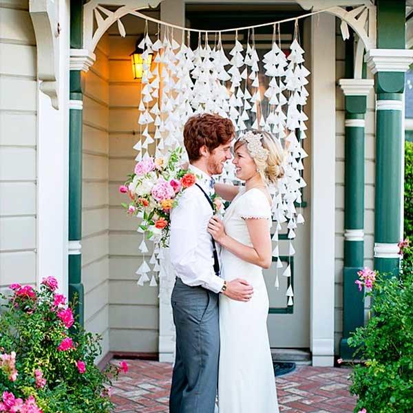 Украшение двора дома на свадьбу фото